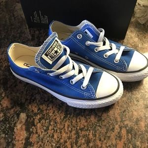 Converse kids Royal Blue shoes size 1.5 shoes